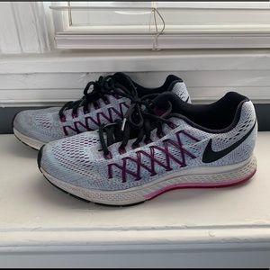 Nike Zoom Running Sneakers - W8
